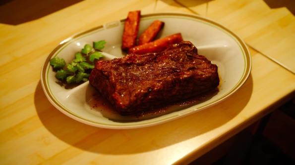 thick-sliced-steakjpg-19acb4_1280w.jpg
